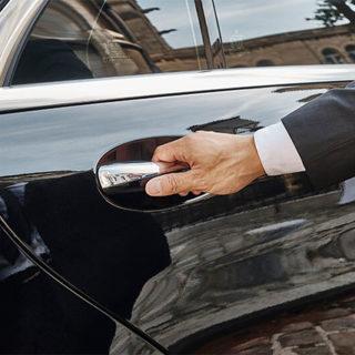 logistique-chauffeur-privé-voiture