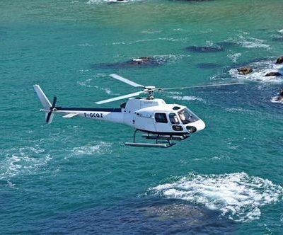 survol en hélicoptère de la côte d'Émeraude