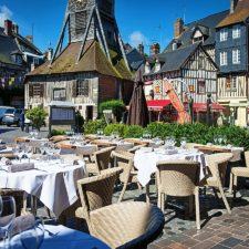 Terrasse-Honfleur-Normandie
