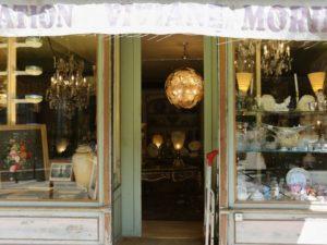 Bordeaux antiques and treasures walking tour Passages secrets